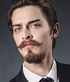 van-dyke-classic-beard-bearded-men