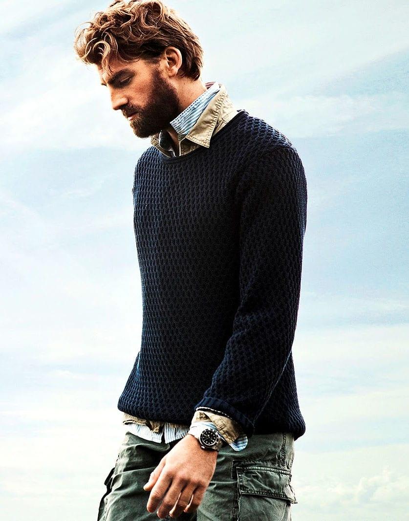 full-beard-with-long-small-curly-hair