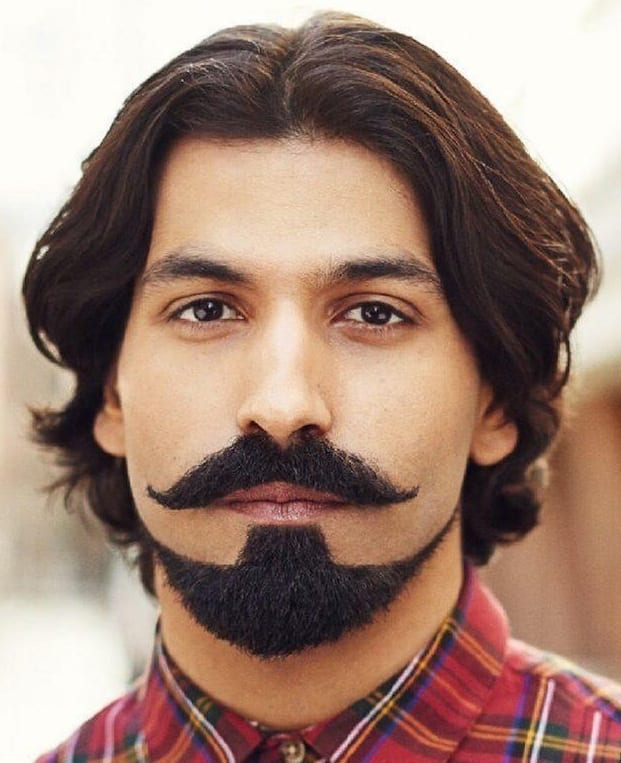 Glamorous Anchor Beard style for men