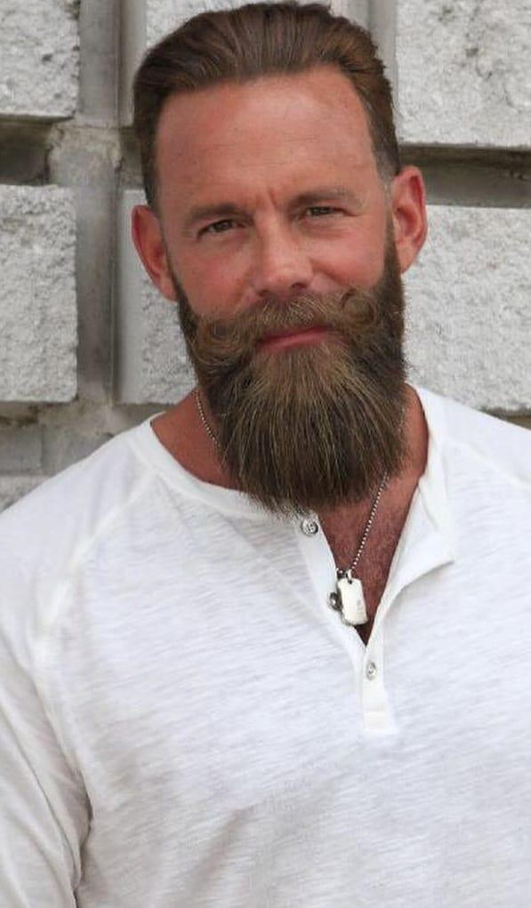 Long beard style ideas for men