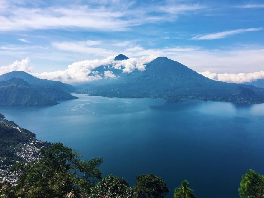 Lago di Atitlan, Guatemala. Photo by Mariana Michelena. Samoa, Portugal, Guatemala, South Africa, Nepal, Thailand, India, Indonesia, Peru, Egypt, Top 10 Countries to Travel on a Budget, Check out more at www.beardandcurly.com, Backpacking Budget Countries