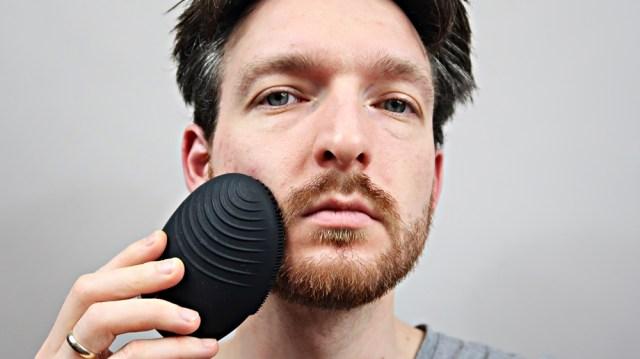 FOREO LUNA 3 MEN, FOREO Sweden, LUNA 3 for men, Męska LUNA 3, urządzenie do oczyszczania twarzy i brody, soniczne urządzenie do oczyszczania twarzy, soniczne urządzenie do twarzy, szczoteczka soniczna,  soniczna szczoteczka, soniczne urzadzenie do twarzy