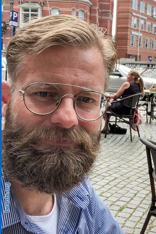 William's winning beard, gallery photo 6