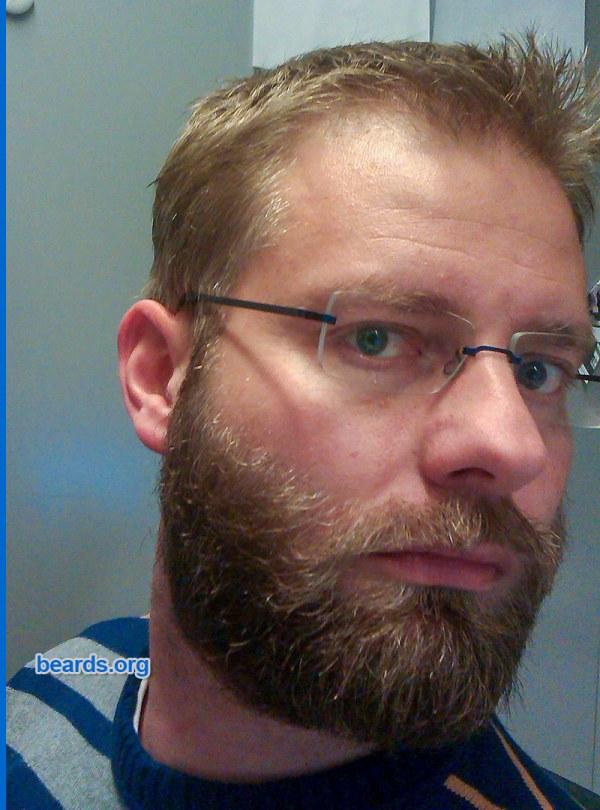 William's beard progression: the full beard's size remains fairly short.