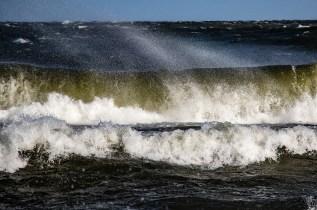 180810-174013-waves-1D8A7223