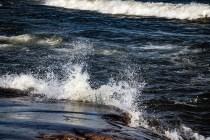 180810-174453-waves-1D8A7290