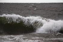 200705-192745-waves-1D8A3803