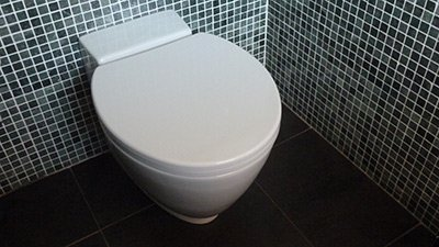 How to prevent & remove limescale in a toilet