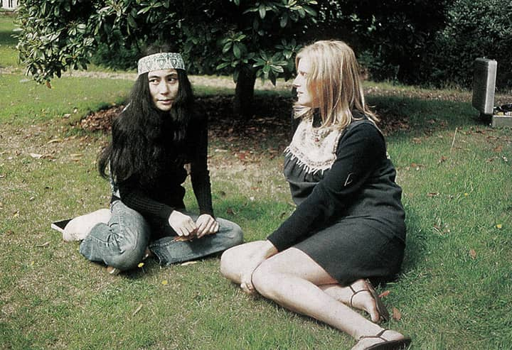 Yoko Ono and Linda McCartney at The Beatles' final photography session, Tittenhurst Park, 22 August 1969