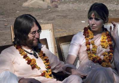 John and Cynthia Lennon in India, 1968