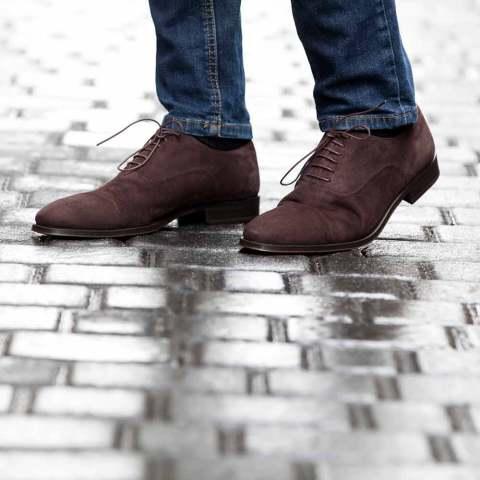 Zapato Oxford de ante marrón para hombre Corso hecho a mano en España por Beatnik Shoes