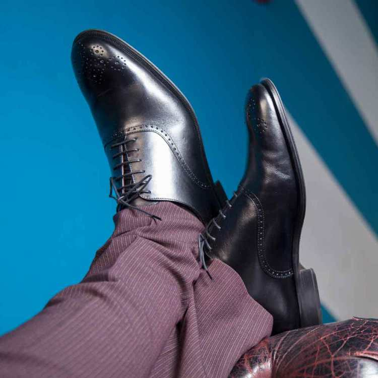 Zapato de vestir negro Oxford Legate para hombre Kaufman hecho a mano en España por Beatnik Shoes