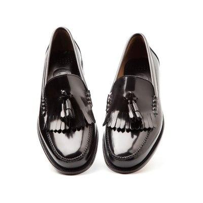 Ginsberg loafer negro de borlas por Beatnik Shoes