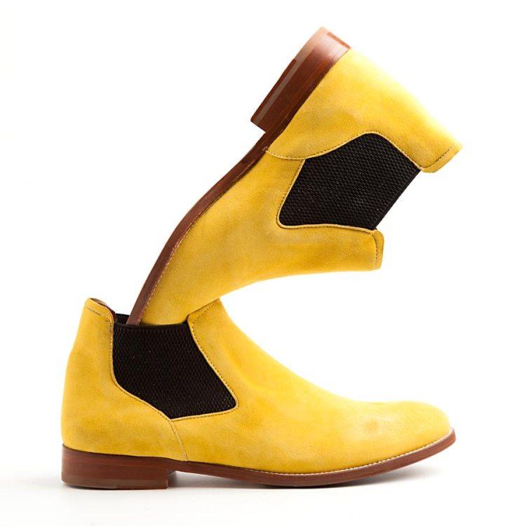 Ella Botín Chelsea en amarillo mostaza por Beatnik Shoes