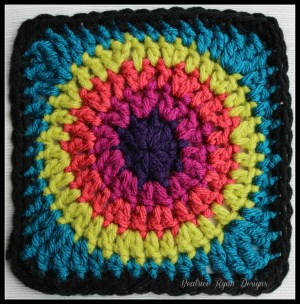 Granny's Circle in Square Blue