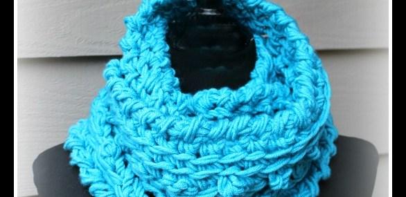 Wonderful Winter Infinity Scarf? Free Crochet Pattern!!