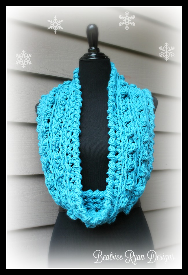 Wonderful Winter Infinity Scarf Free Crochet Pattern