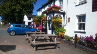 Gardens and Flowers at Beauchamp Arms