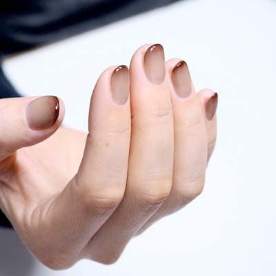 Κομψά και διακριτικά σχέδια για νύχια (12)