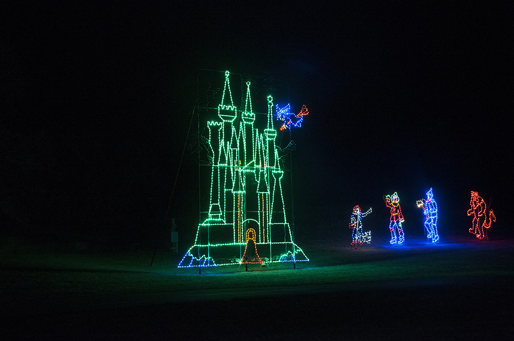 One of the drive-by displays is a multi-story castle from the Wizard of Oz.