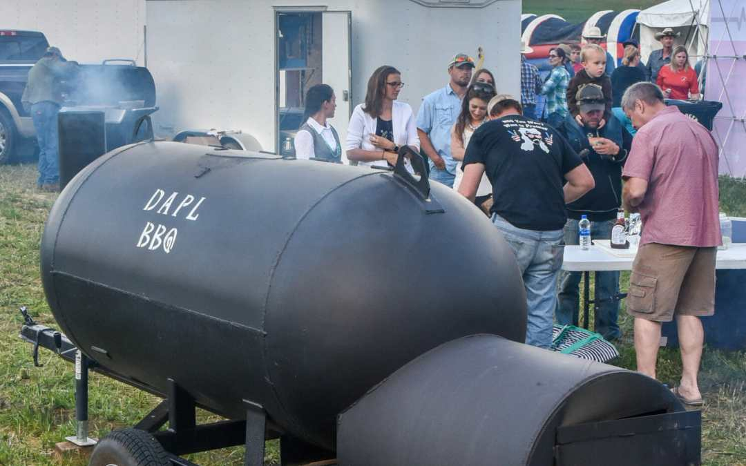 You'll get real good barbecue from this ingenious smoker!