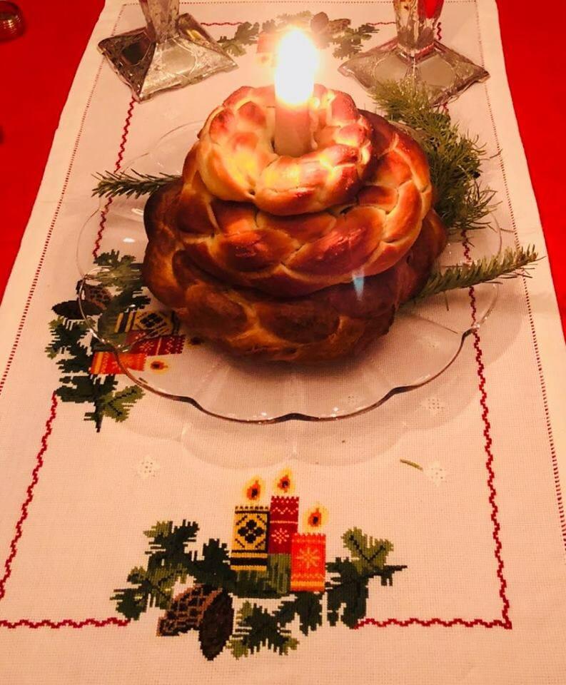 Kolach, Ukrainian Christmas Bread