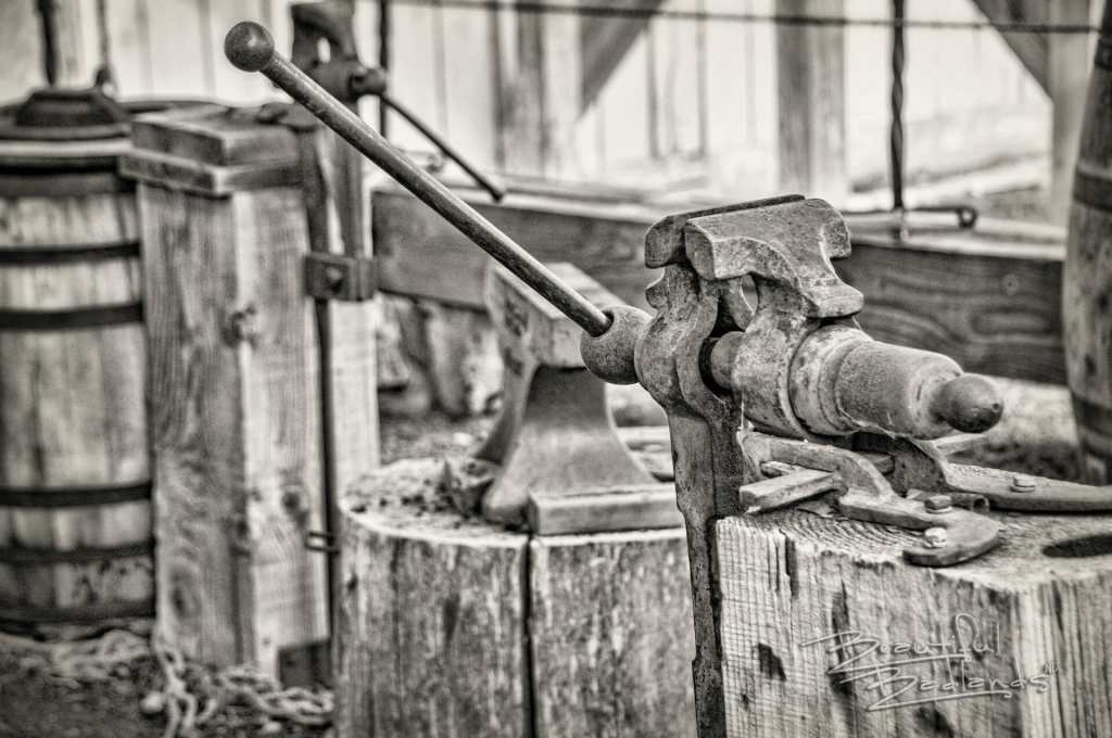 Blacksmith vice at fort union trading post