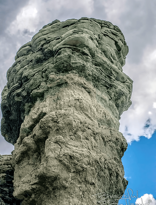 Visit a strange-looking rock that guided cowboys north to the Badlands