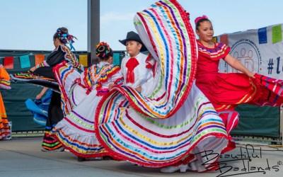 Honey and Hispanic Dancing — A man's take on a farmers' market