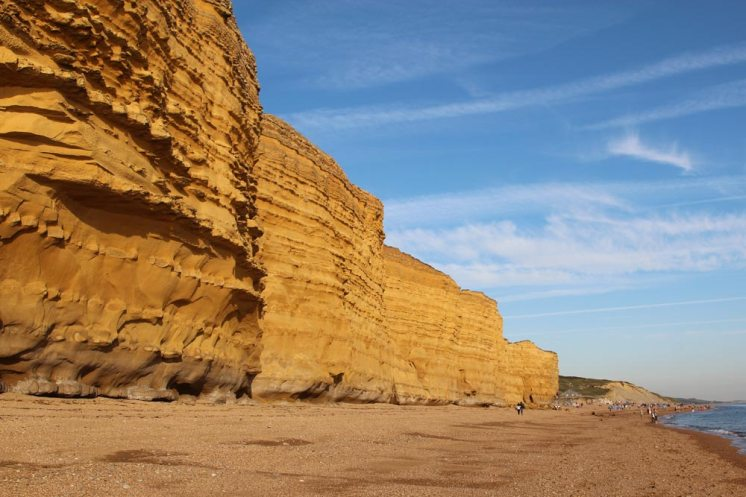 Burton Cliff and Chesil Beach, between Hive Beach and Freshwater Beach, Burton Bradstock