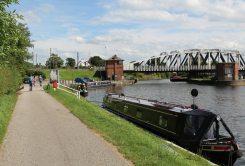 Dutton Bridleway, River Weaver, Little Leigh