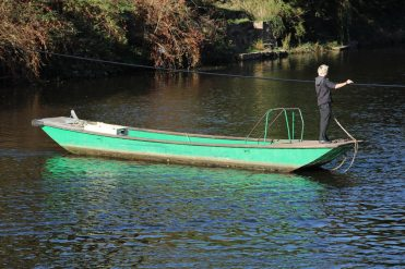 Hand operated cable ferry, River Wye, between East and West Symonds Yat