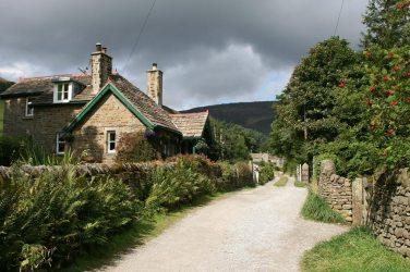 The original Pennine Way, leaving Edale