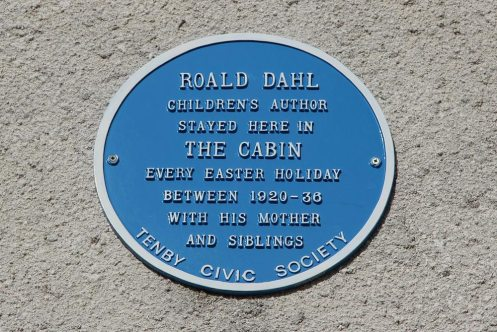Blue plaque, The Cabin, where Roald Dahl stayed, Pier Hill, Tenby