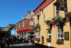 Five Arches Tavern, St. George's Street, Tenby