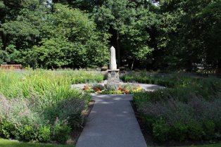 Peace Monument, in Queen Elizabeth II Coronation Garden, Bedwellty Park, Tredegar