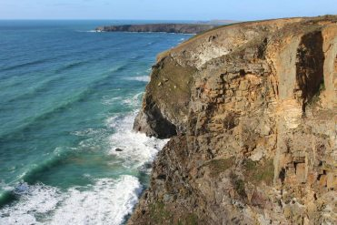 Cliffs above Trerathick Cove, near Bedruthan Steps, Carnewas