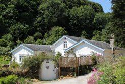 Readymoney Cottage, home of Daphne du Maurier 1942-1943, Readymoney Cove, Fowey