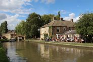 The Navigation pub, alongside Grand Union Canal, Stoke Bruerne