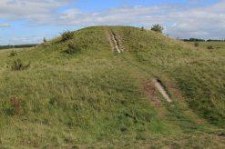 Cursus Barrow, Stonehenge Down, Stonehenge