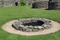 Well, Inner Bailey, Pevensey Castle, Pevensey