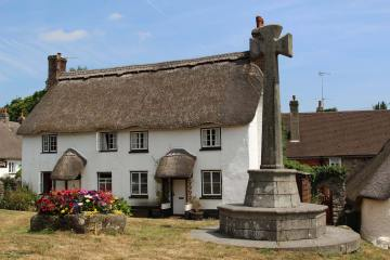 Thatched cottage and Village Cross, Lustleigh
