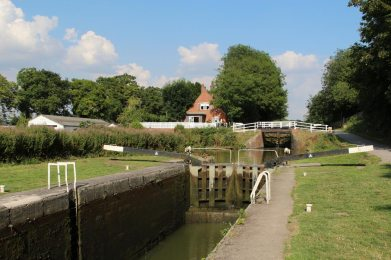 Caen Hill Lock and Caen Hill Cafe, Kennet and Avon Canal, Devizes