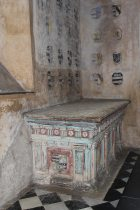 Tomb of Sir Edward Hungerford II, North Chapel, Farleigh Hungerford Castle, Farleigh Hungerford