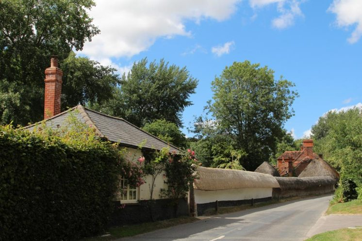 Thatched cob wall, Nether Wallop Mill, Heathman Street, Nether Wallop