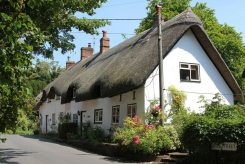 Thatched cottages, High Street, Wherwell