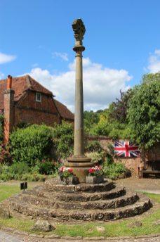 HM the Queen Diamond Jubilee 2012 celebrations, War Memorial, Shere