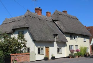 Thatched cottages, Newbiggen Street, Thaxted