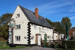 The Fox and Hounds, Uffington
