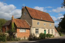 New Farm, formerly The Swan Inn, East Claydon